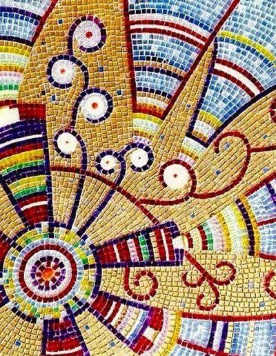 Veće od sreće, mozaik